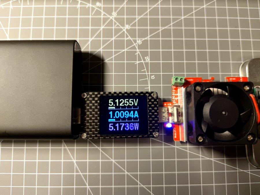 《小米移动电源3 20000mAh 超级闪充版简单测试》